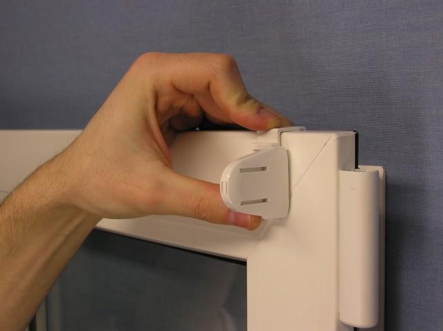 Jak montuje się rolety mini